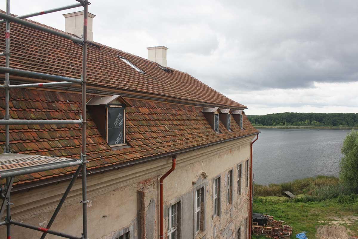 baufortschritt__2016_schloss_Ivenack_das-neue-Dach-des-Sdflgels